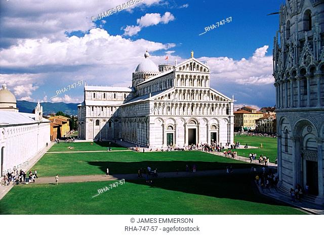 The Duomo cathedral, Piazza del Duomo, UNESCO World Heritage Site, Pisa, Tuscany, Italy, Europe