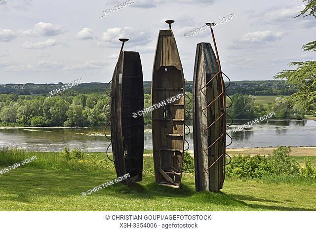 """"""""""""""""""""""" Cire perdue"""""""" oeuvre de El Anatsui, installations perennes dans le parc historique du Chateau, Domaine de Chaumont-sur-Loire, departement Loir-et-Cher"""