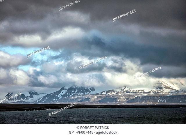 MOUNTAIN AROUND KINGS BAY DISCOVERED BY ALBERT I OF MONACO, SPITZBERG, SVALBARD, ARCTIC OCEAN, NORWAY