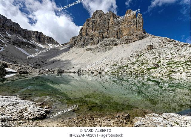 Italy Dolomites Sella Group Pisciadù alpine Lake bg.: Sas da Lech 2936m