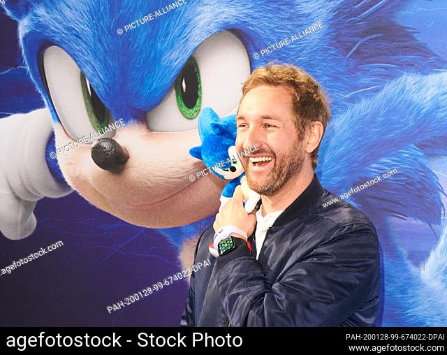 """28 January 2020, Berlin: Daniel Boschmann, actor, comes to the """"""""Fan & Family Event"""""""" of the movie """"""""Sonic The Hedgehog"""""""" at the Zoo Palast"""