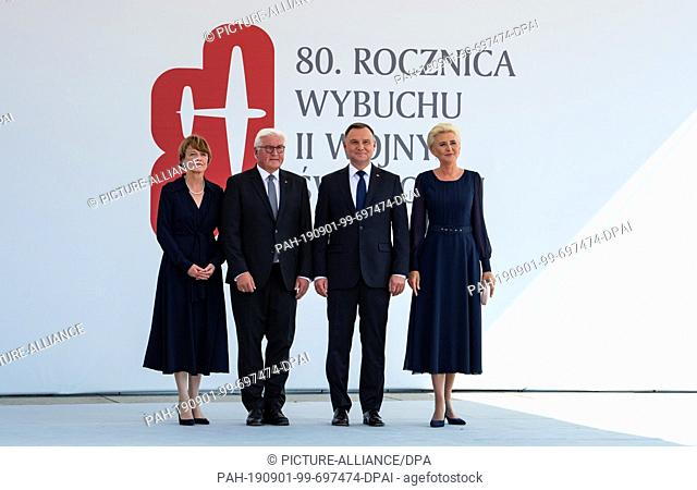 01 September 2019, Poland, Warschau: The Polish President Andrzej Duda (2nd from right) and his wife Agata Kornhauser-Duda (r) are standing next to Federal...
