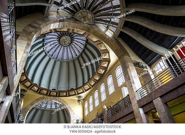 Interior view of the dome, Palacio de Bellas Artes (Palace of Fine Arts), a prominent cultural center, Mexico City, Mexico