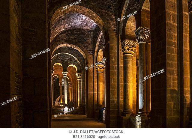 """France, Occitanie, Aveyron, Conques: """"""""Forest of the Capitels"""""""" at the Abbey of Sainte Foy. Pilgrimage way to Santiago de Compostela"""