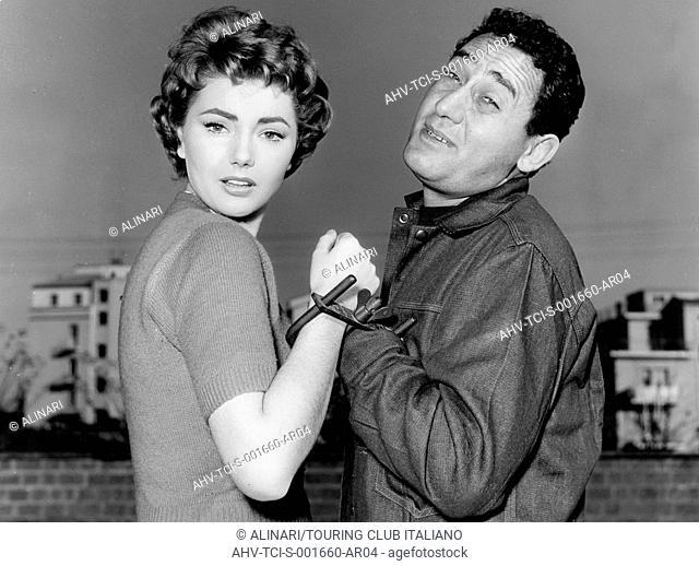 Alberto Deaf and Sylva Koscina the thief thief she films him, 1957