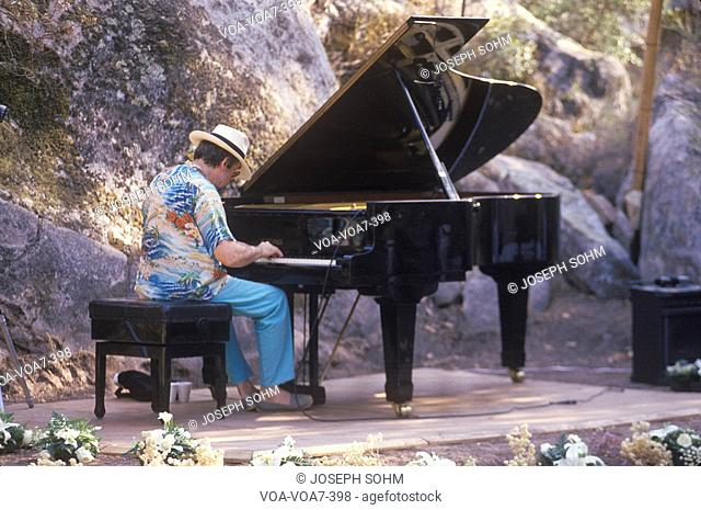 Jazz pianist, Roger Kellaway, performing at an outdoor festival, Ojai, CA