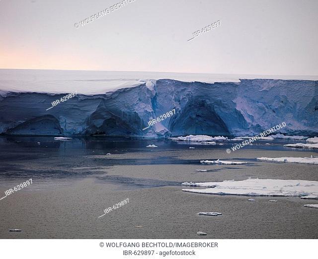 Drygalski Ice Tongue, Drygalski Barrier or Drygalski Glacier Tongue, Ross Sea, Antarctic
