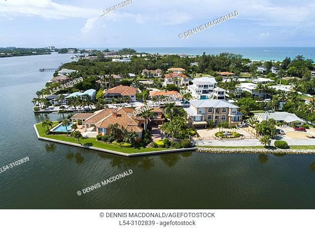 Long Boat Key is next to Sarasota and Anna Maria Island Florida and is an expensive upscale neighborhood and favorite vacation holiday destination on the Gulf...