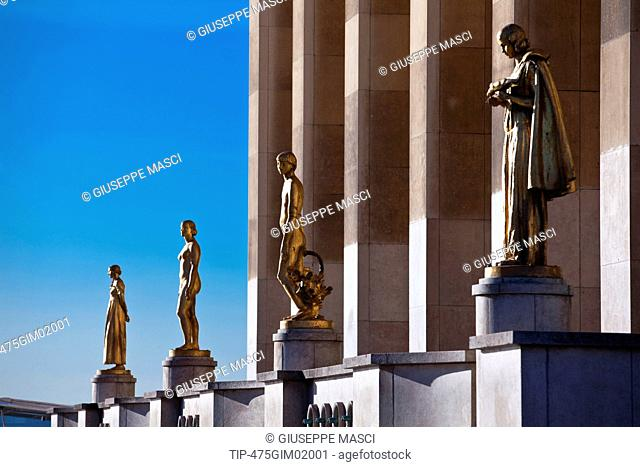 France, Paris, Golden statues at the Palais de Chaillot