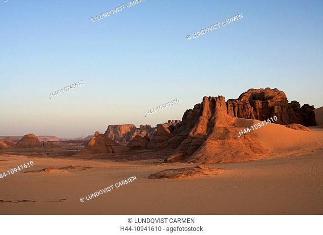 Algeria, Africa, north Africa, desert, sand desert, Sahara, Tamanrasset, Hoggar, Ahaggar, rock, rock formation, Tassili du Hoggar, vegetation, nature, sand