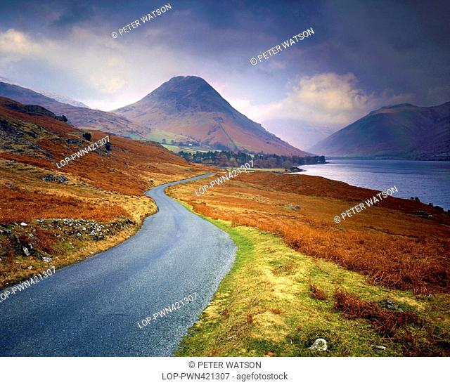 England, Cumbria, Wast Water. A winter's view along Wast Water