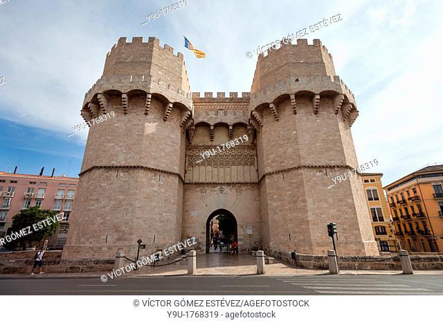 Torres de Serranos town gate 14th century, Valencia, Spain