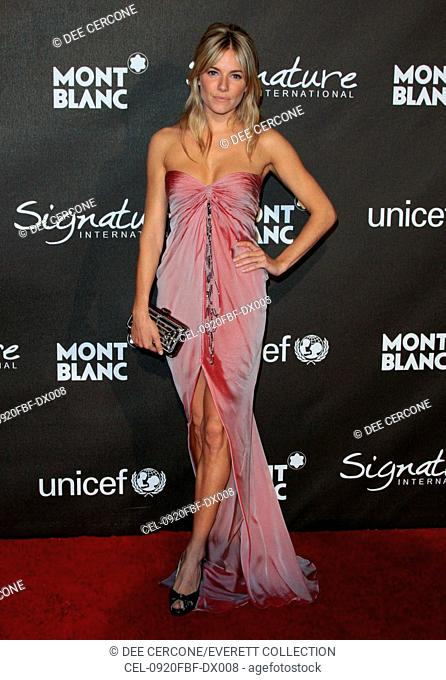 Sienna Miller (wearing an Ungaro gown) at arrivals for Montblanc Signature  for Good Pre-Oscar Party, Paramount Pictures, Los Angeles, CA 2 20 2009 b691bde8be