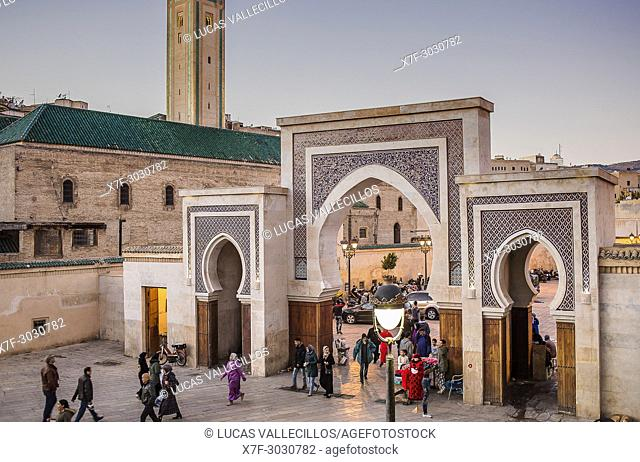 Bab R'Cif gate and Mosque R'Cif, in R'Cif Square, gateway to andalusian quarter, medina, Fez, Morocco