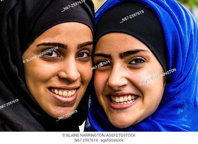 Jordanian women, Downtown Amman, Jordan
