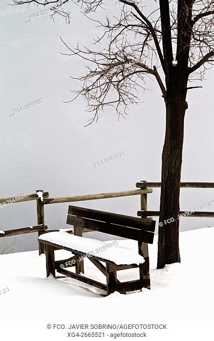 """Invierno en el Valle de Gistaín """"""""Huesca """"""""Pirineos """"""""Sobrarbe """"""""Aragón """"""""España - Europa"""