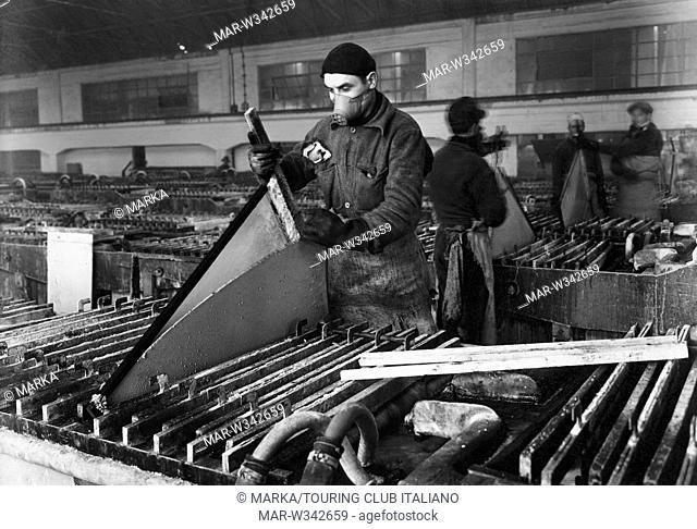 italia, veneto, industria porto marghera, 1930-40 // italy, veneto, porto marghera industry, 1930-40