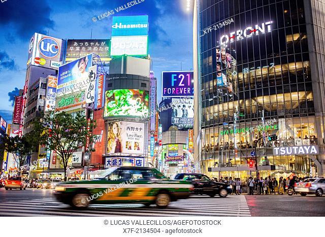 Scramble Kousaten crossing in Shibuya. Tokyo city, Japan, Asia