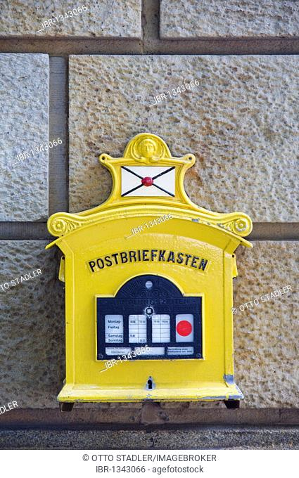 Replica of a mailbox from 1896, Neustadt, Dresden, Saxony, Germany, Europe