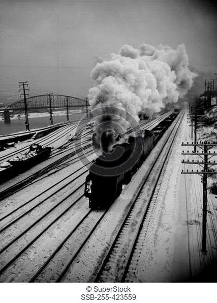USA, Pennsylvania, Pittsburgh, train
