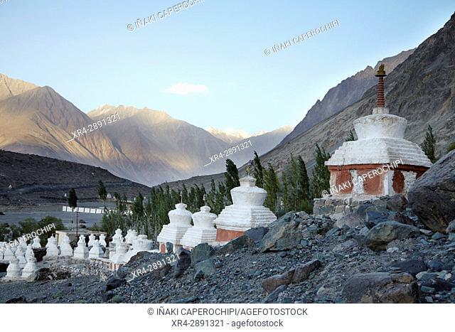 Diskit Gompa, Diskit, Valle de Nubra, Ladakh, India