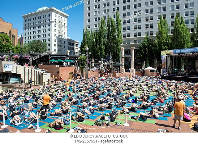 Competition. Portland. Yoga outdoors. Guiness World record