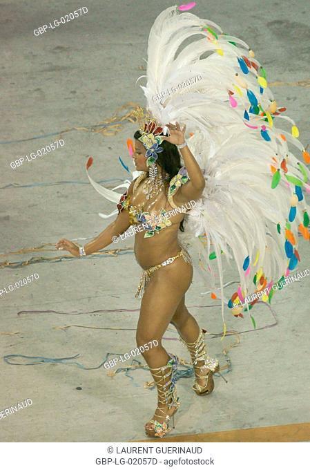 Juliane Almeida, Queen of the Battery, Carnival 2009, School of Samba Viradouro, Rio de Janeiro, Brazil