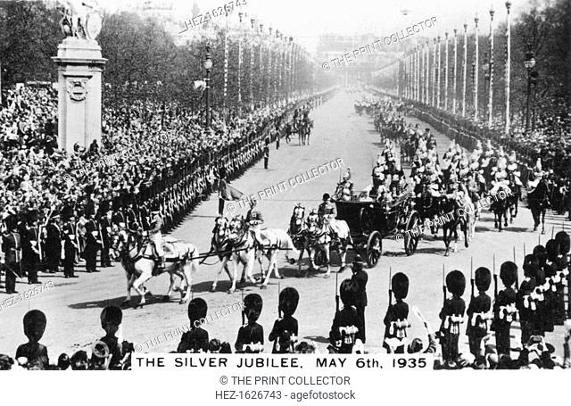 King George V's Silver Jubilee, London, 6th May, 1935. The procession passing along the Mall towards Buckingham Palace