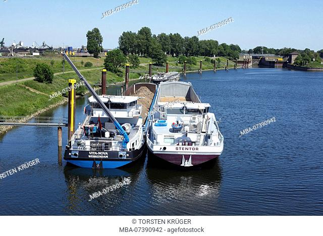 Barges, Ruhrort Port, Duisburg, Ruhr area, North Rhine-Westphalia, Germany, Europe