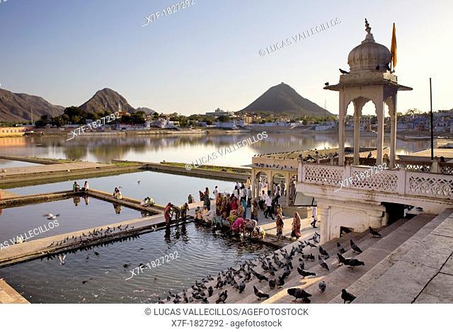 Ghats, holy lake, pushkar, Rajasthan, india