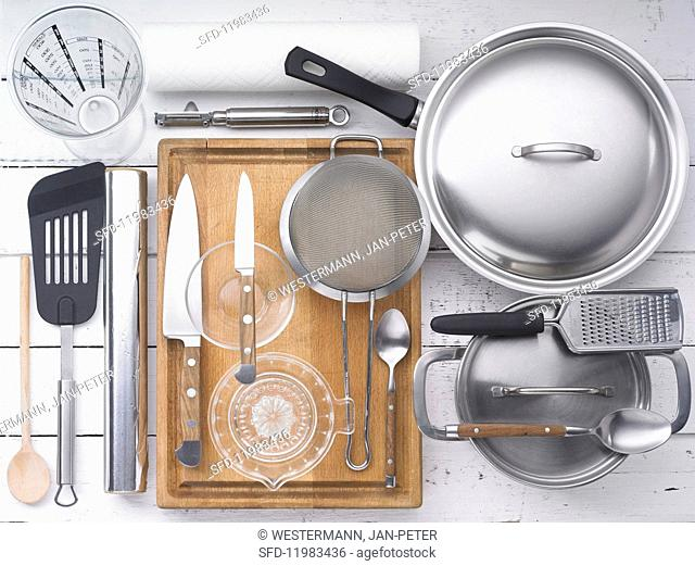 Kitchen utensils for preparing meat and vegetables