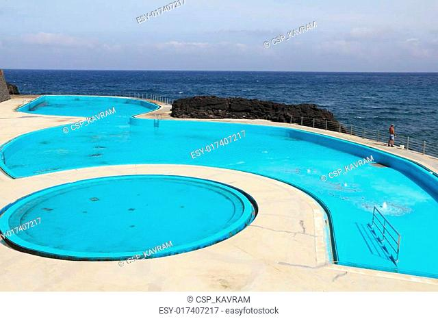 Picturesque swimming pool