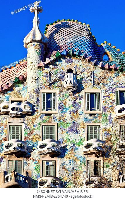 Spain, Catalonia, Barcelona, Passeig de Gracia, facade of the Casa Batllo by the architect Antoni Gaudi, listed as World Heritage by UNESCO