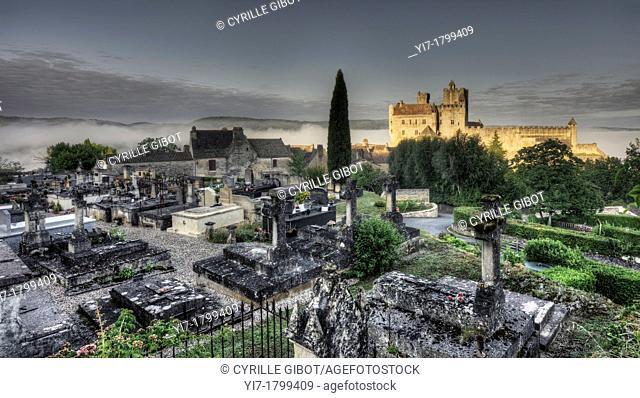 Château de Beynac, Dordogne, Perigord noir, France