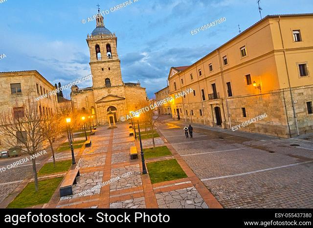 Herrasti Square, Cathedral of Santa María, Ciudad Rodrigo Cathedral, 12th-14th century, Romanesque Style, Ciudad Rodrigo, Medieval Town