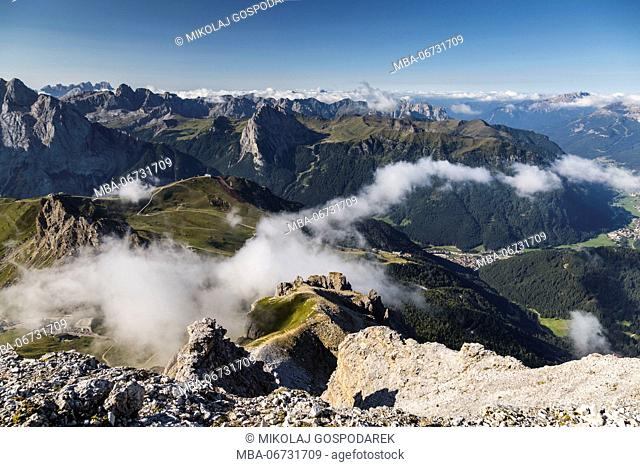 Europe, Italy, Alps, Dolomites, Mountains, Trentino-Alto Adige/Südtirol, View from Sass Pordoi