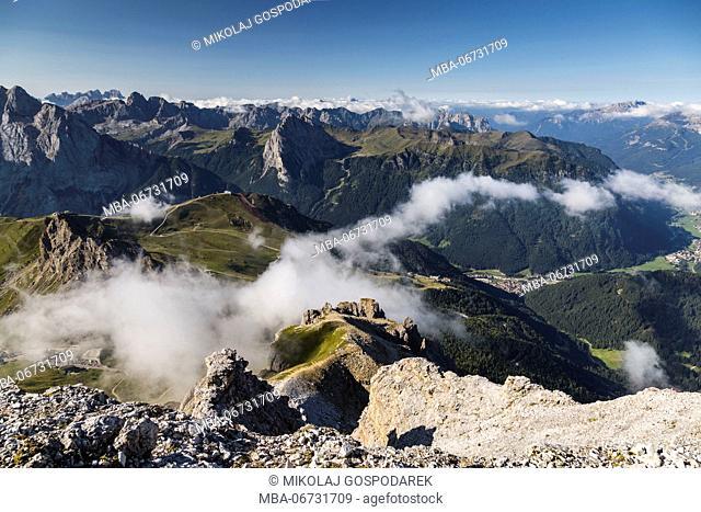 Europe, Italy, Alps, Dolomites, Mountains, Trentino-Alto Adige/Südtirol, View from Sass Pordoi