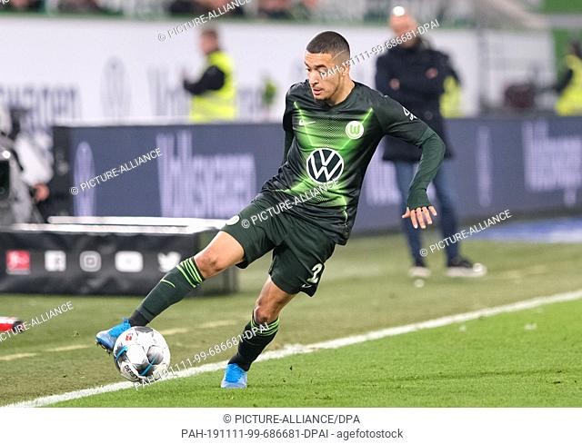 10 November 2019, Lower Saxony, Wolfsburg: Soccer: Bundesliga, 11th matchday: VfL Wolfsburg - Bayer Leverkusen in the Volkswagen Arena