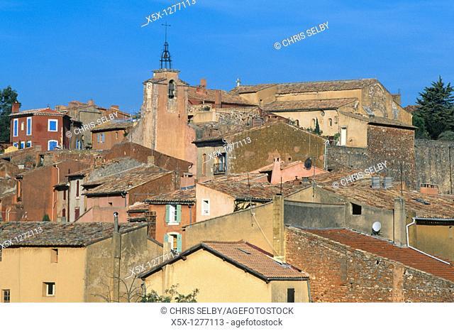 City skyline Roussillon, Provence, France