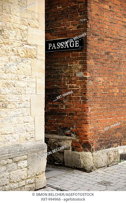 Passageway Between University Buildings Leading to the Turf Tavern Pub, Oxford, Oxfordshire, England, United Kingdom