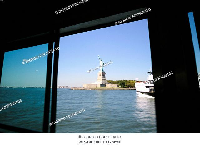 USA, New York City, Statue of Liberty seen from a boat