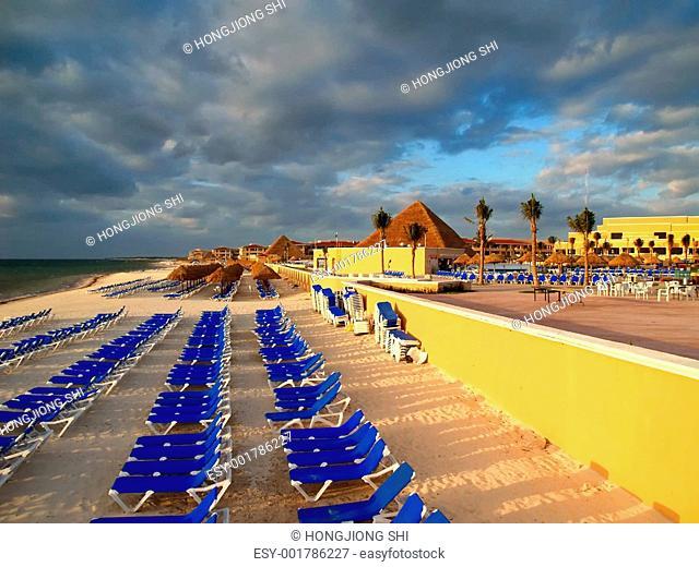 a family cancun beach resort