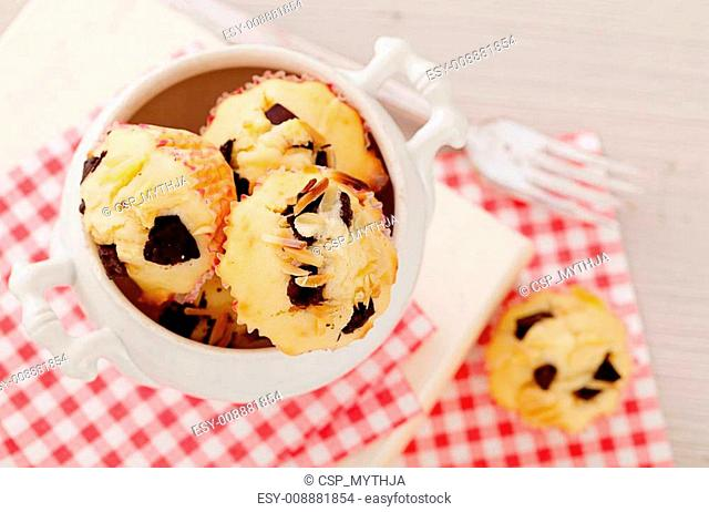 Chocolate chips and almond muffins