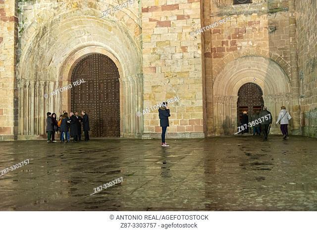 Catedral de Sigüenza. Ruta del Románico Rural. Guadalajara Province, Castile-La Mancha, Spain
