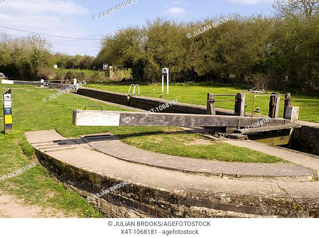 Pigeon's lock in Tackley on the Oxford Canal, named after the pub The Three Pigeons, which used to stand near here
