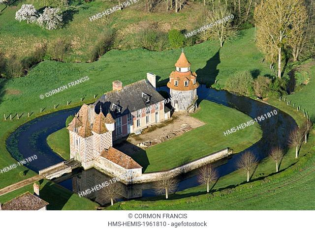 France, Calvados, Cambremer, Bais manor, pigeonhole dating from the 16th century (aerial view)