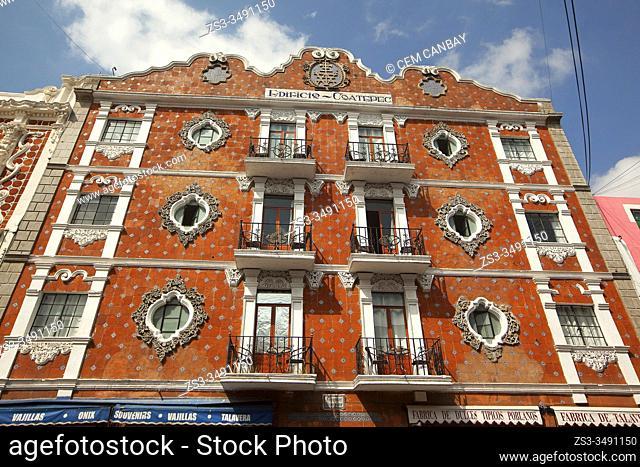 View to the colonial building called Edificio Coatepec in the city center, Puebla, Puebla State, Mexico, Central America