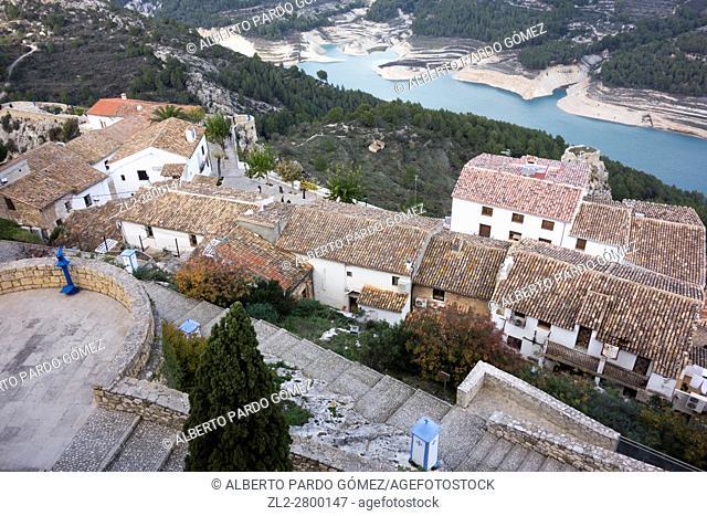 Village view with the Castillo de San José, Guadalest, Costa Blanca, Spain, europe