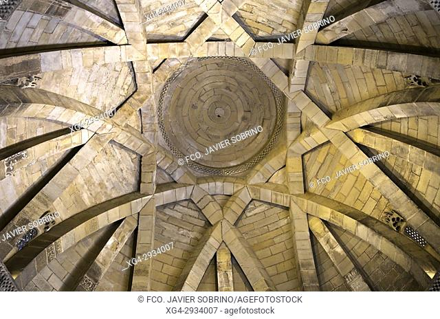 Interior view. Iglesia románica del Santo Sepulcro. Torres del Río. Provincia de Navarra. Spain