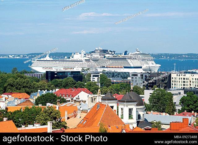 Estonia, Tallinn, view from the city hall towards the harbor, cruise terminal